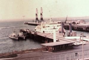הספינות ממתינות ברציף בשרבורג