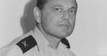 """תא""""ל אריה רונה בתפקיד ראש מספן המודיעין של חיל הים 1985"""