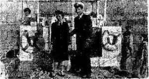 """יהודה בכר ואשתו על סיפון """"קאליפסו"""" (מתוך """"מעריב"""" 29.3.1959)"""