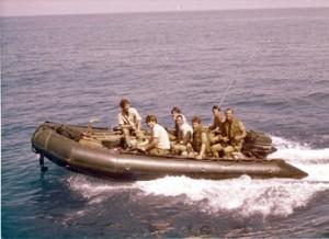 סירת גומי דונלופ מארק 5 בשימוש יחידה 707