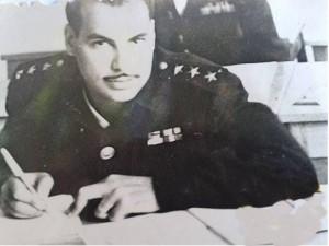 המרואיין מוחמד עבד אל-מג'יד עזב בדרגת סרן 1965