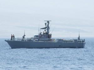 """ספינת דבור בדגם מתקדם כולל מכ""""ם משופר וראיית לילה, בעגינה במפרץ אילת, 1982"""