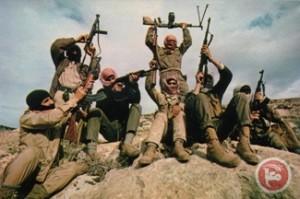 חלק מהמחבלים בתמונת ניצחון מוקדמת מאי 1990