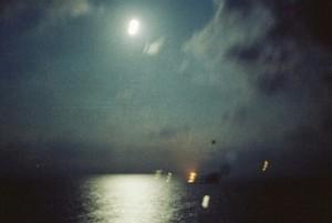המראה החוף לקראת הנחיתה הלילית.(צילום יוסי בן-חנן)