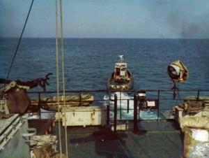 יציאה מחוף ההעמסה בניצנים בסיוע גוררת בסיס אשדוד 6 ביוני 1982