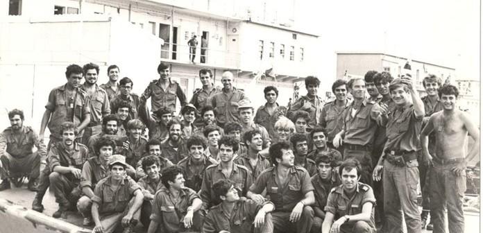 """צוות אח""""י חרב בהפוגה בין הקרבות 10 באוקטובר 1973"""