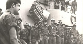 """אח""""י חרב בחזרה מקרב דמיאט  ולקראת יציאה לחוף הסורי 10 באוקטובר 1973"""