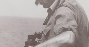 """סרן חיים גבע על גשר אח""""י חרב סער 3 1970"""