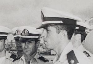 מפקדי הספינות יעקב גז מימין ואלי רגב משמאל