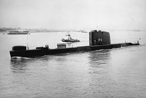הצוללת דקר יוצאת מפורטסמות להפלגה ממנה לא שבה 9 בינואר 1968
