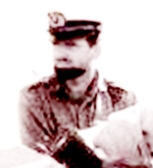 """רס""""ן יעקב מרגלית מפקד בי""""ס חובלים 1961"""